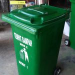 Tong sampah fiber Roda 120
