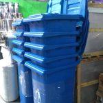 Tong sampah fiberglass roda 2 kapasitas 120 liter